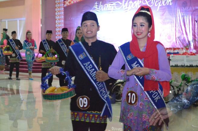 Suasana Parade Belimbing Abang Mpok Depok 2014 (sumber : AMD 2013)