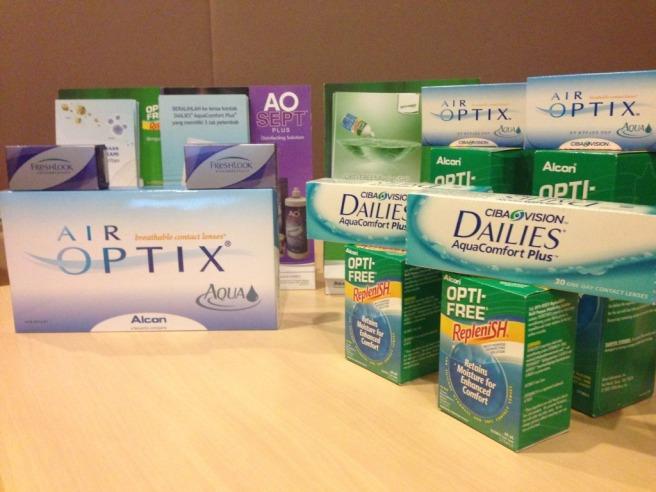 Jajarann produk Air Optix Aqua